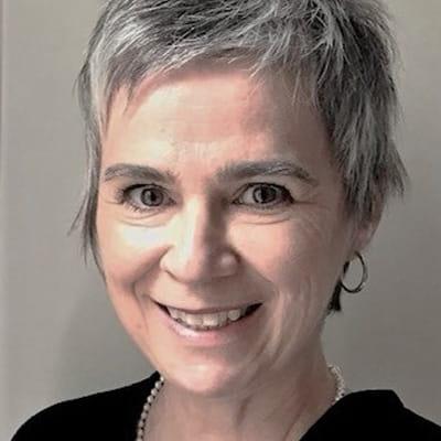 Carole Chénard, CRHA